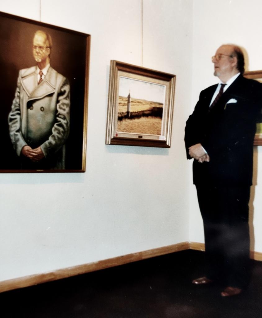 Antonio Mª con autorretrato 1995